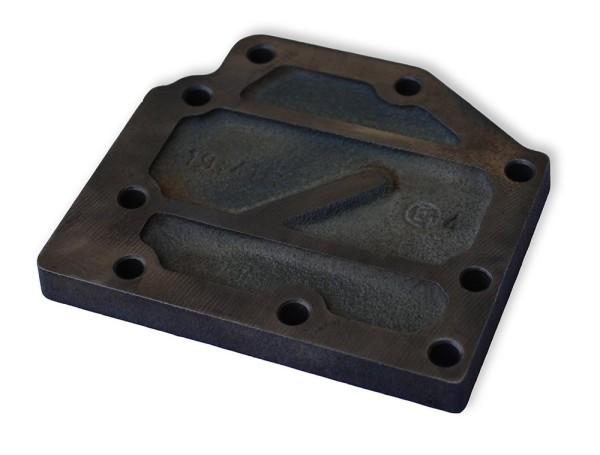 Multicar M25 Deckel Ölpumpe / Ölpumpendeckel